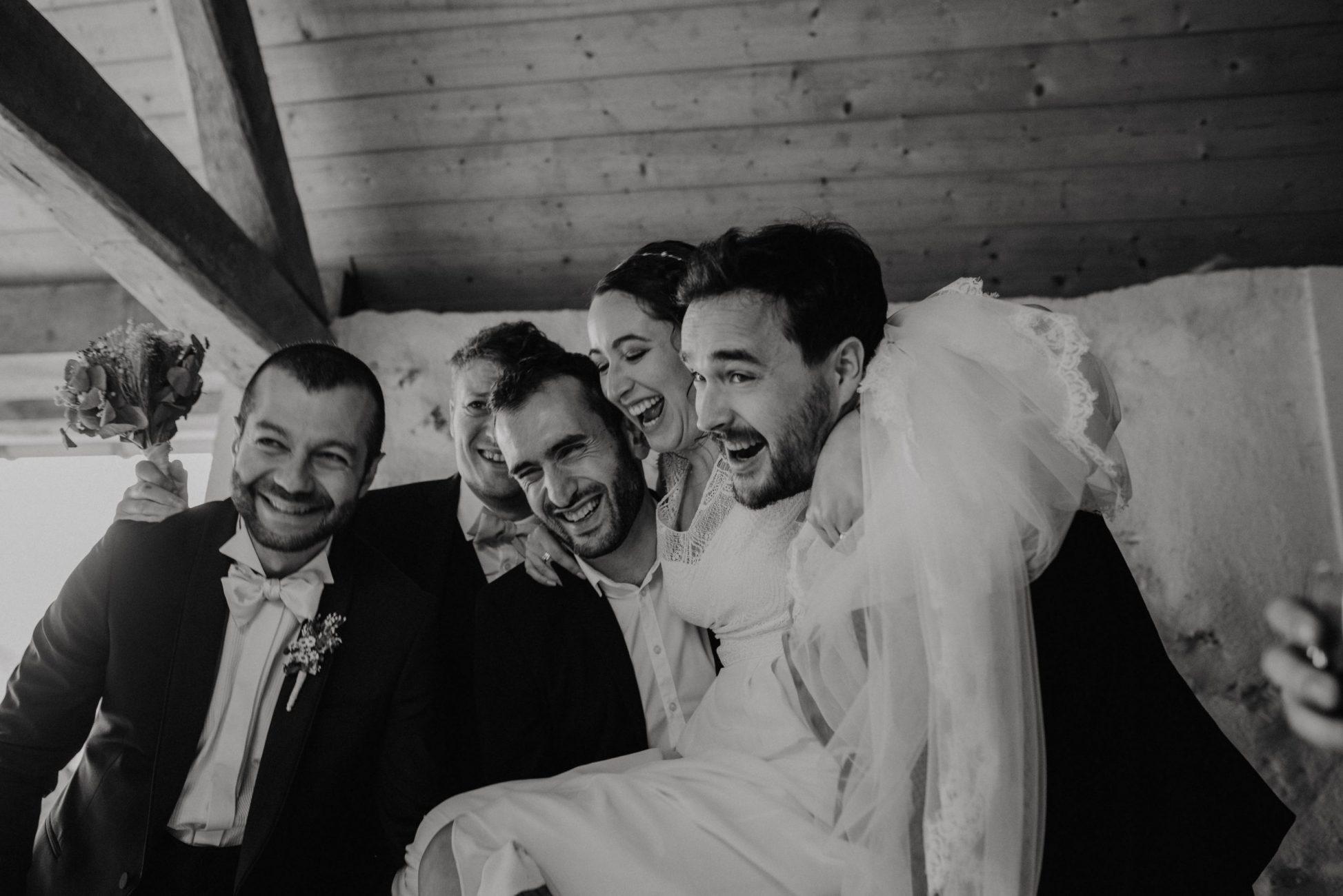 reportage photo mariage paris - photo mariage noir et blanc - preparatifs cocktail - andy festival - leslie photographie